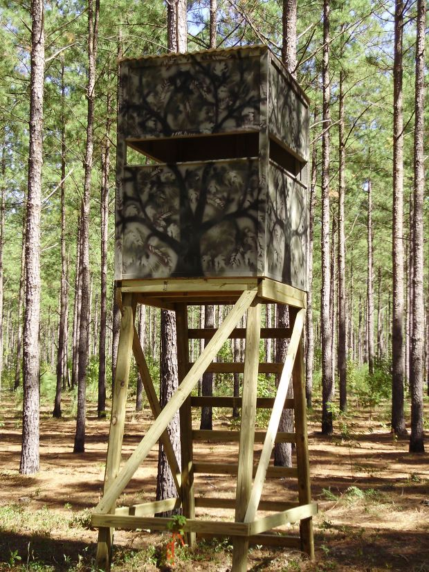 Download wooden tree stand plans free plans diy building a for Deer hunting platforms